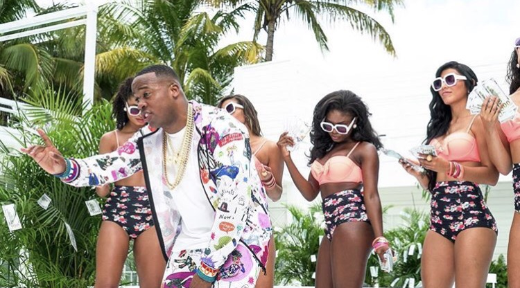 yo gotti ft nicki minaj rake it up mp3 download